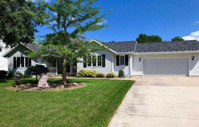 4514 Harvest Circle, Manitowoc, WI 54220 (#1649721) :: RE/MAX Service First Service First Pros