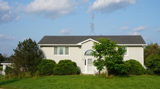 303 264th Ave, Brighton, WI 53139 (#1650101) :: Keller Williams