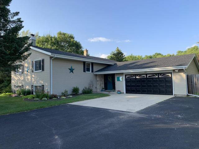 6926 Eastwood Trl, Trenton, WI 53090 (#1650829) :: Tom Didier Real Estate Team