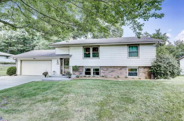 782 Wexford Way, Hartland, WI 53029 (#1652970) :: RE/MAX Service First