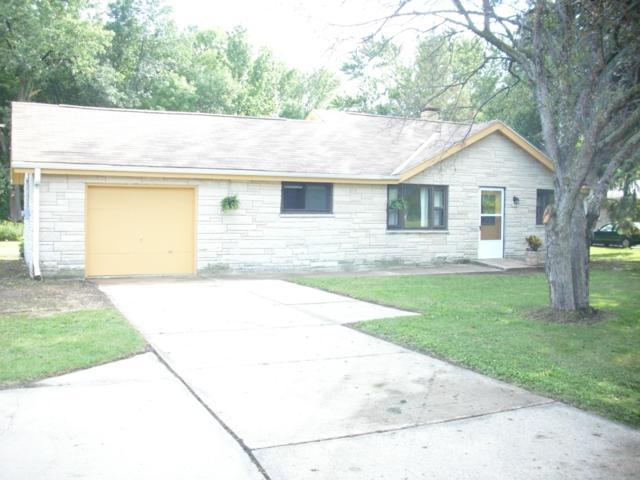 2319 W Rawson, Oak Creek, WI 53154 (#1653928) :: eXp Realty LLC