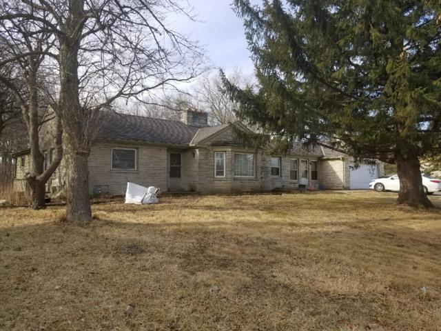 2243 W Rawson, Oak Creek, WI 53154 (#1653941) :: eXp Realty LLC