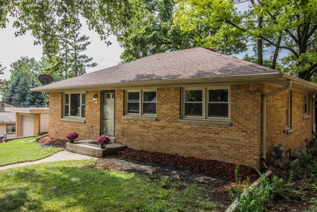 333 N 113th St, Wauwatosa, WI 53226 (#1658652) :: RE/MAX Service First Service First Pros