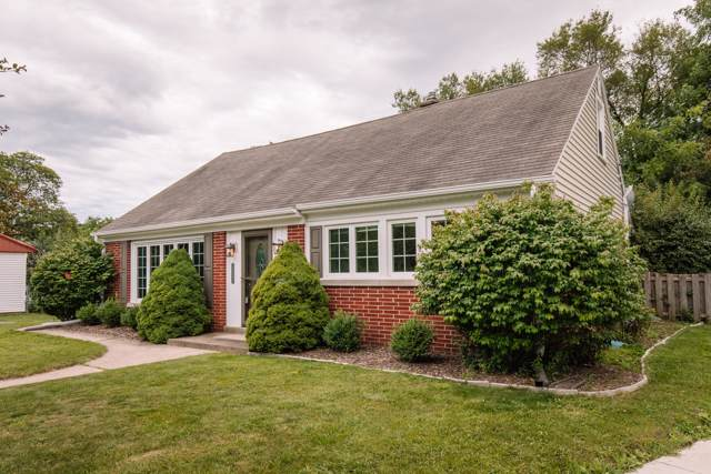 10239 Beverly Pl, Wauwatosa, WI 53226 (#1659225) :: eXp Realty LLC
