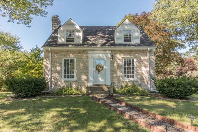 4675 N 105th St, Wauwatosa, WI 53225 (#1659465) :: eXp Realty LLC