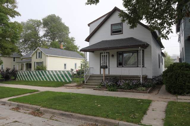1623 Alabama Ave, Sheboygan, WI 53081 (#1659518) :: RE/MAX Service First Service First Pros