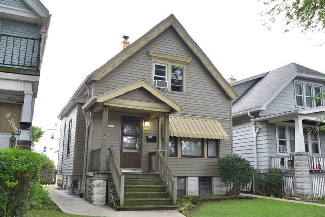 2921 S 9th St, Milwaukee, WI 53215 (#1659636) :: RE/MAX Service First Service First Pros