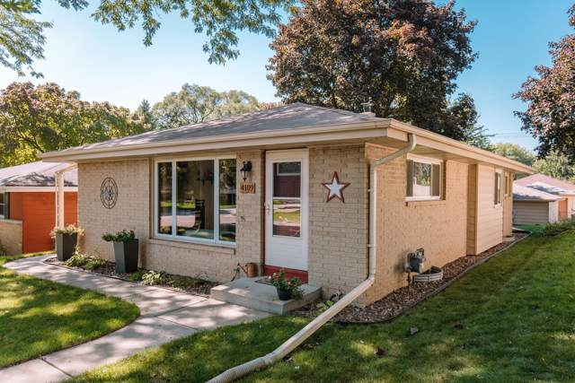 4109 N 96th St, Wauwatosa, WI 53222 (#1659779) :: eXp Realty LLC