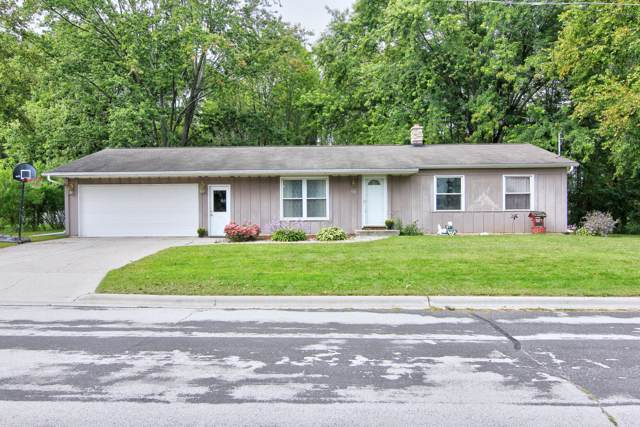 918 Hickory St, Cleveland, WI 53015 (#1659931) :: eXp Realty LLC