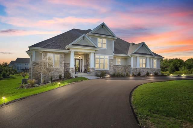 11539 N Creekside Ct, Mequon, WI 53092 (#1660158) :: Tom Didier Real Estate Team