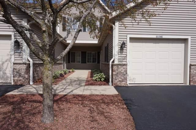 2178 Pine Ridge Ct E, Grafton, WI 53024 (#1660222) :: Tom Didier Real Estate Team