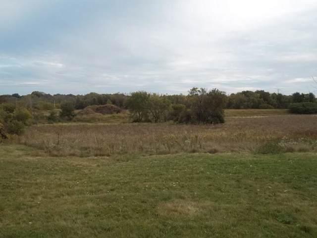 W192N5371 One Mile Rd, Menomonee Falls, WI 53051 (#1660276) :: Tom Didier Real Estate Team