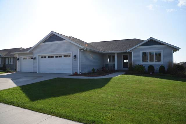 230 N 6th St, Sheboygan Falls, WI 53085 (#1661725) :: RE/MAX Service First Service First Pros