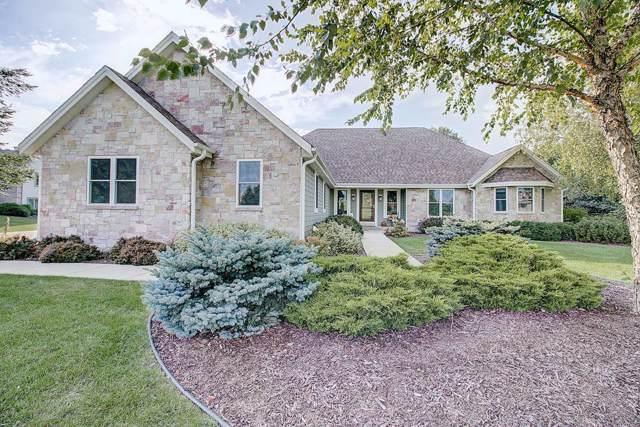 105 Eagles Lookout, North Prairie, WI 53153 (#1662244) :: Tom Didier Real Estate Team