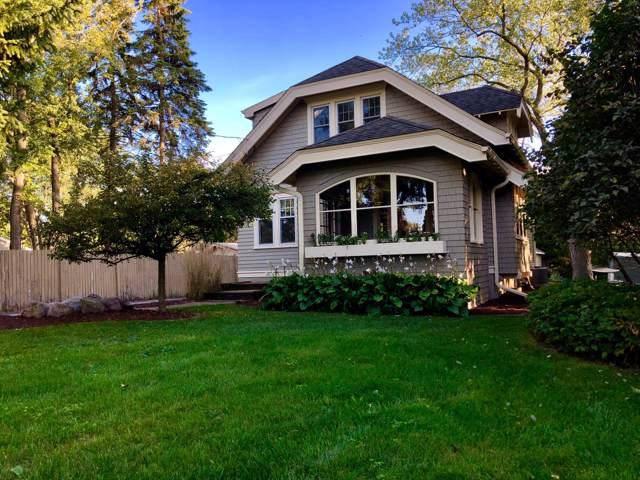 411 E Green Tree Rd, Fox Point, WI 53217 (#1662779) :: Tom Didier Real Estate Team