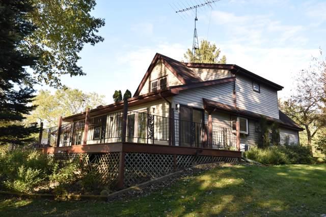 28608 Martha Ct, Waterford, WI 53185 (#1663041) :: Tom Didier Real Estate Team