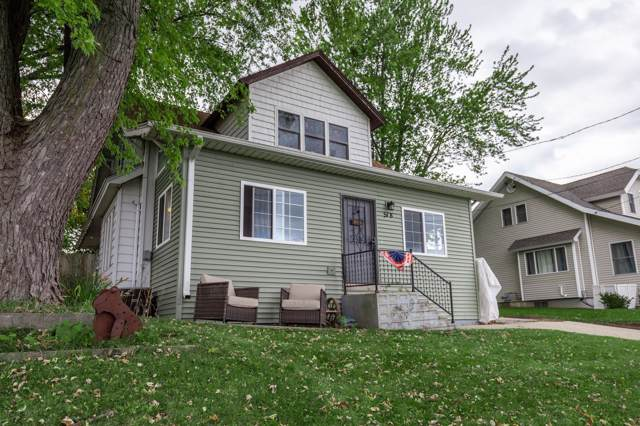 518 N Milwaukee St, Theresa, WI 53091 (#1663162) :: RE/MAX Service First Service First Pros