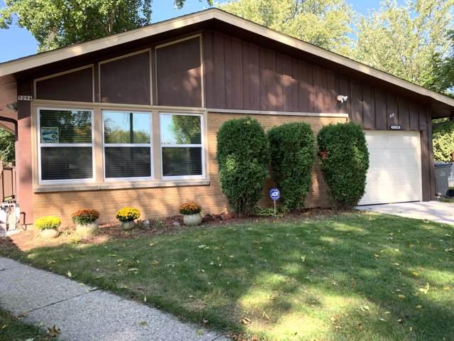 5294 N 82nd Ct, Milwaukee, WI 53218 (#1663188) :: Tom Didier Real Estate Team