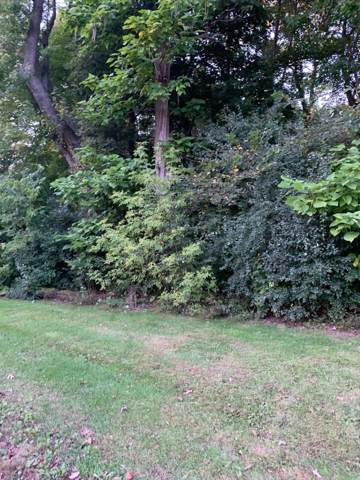 30425 Cedar Dr Left Side, Burlington, WI 53105 (#1663318) :: Keller Williams Momentum