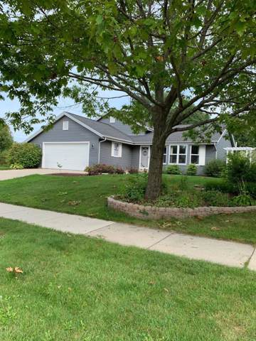 10560 S Mcgraw Dr, Oak Creek, WI 53154 (#1663583) :: eXp Realty LLC