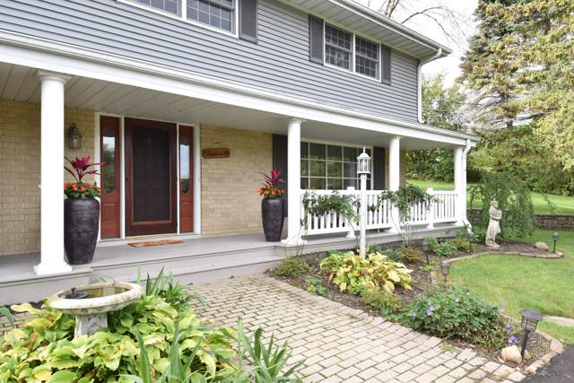 N10W28431 Northview Rd, Delafield, WI 53188 (#1663584) :: RE/MAX Service First