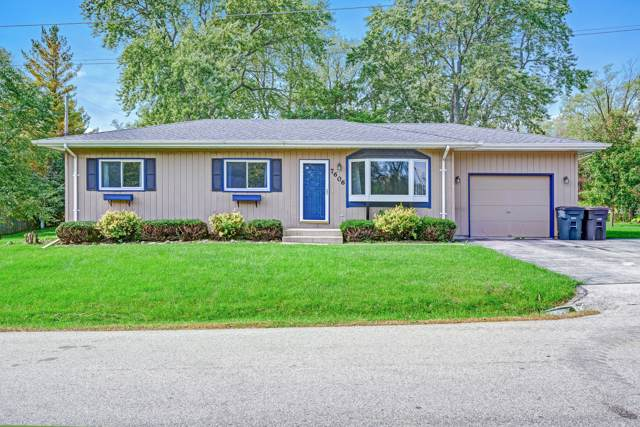 7606 242nd Ave, Paddock Lake, WI 53168 (#1663764) :: Keller Williams Momentum