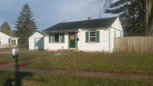 7747 10th Ave, Kenosha, WI 53143 (#1663784) :: Keller Williams Momentum
