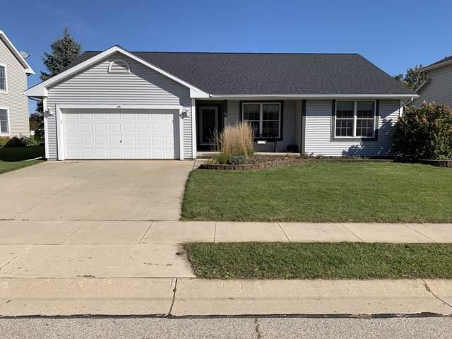 417 Settlement Rd, Hartford, WI 53027 (#1663956) :: Keller Williams Momentum