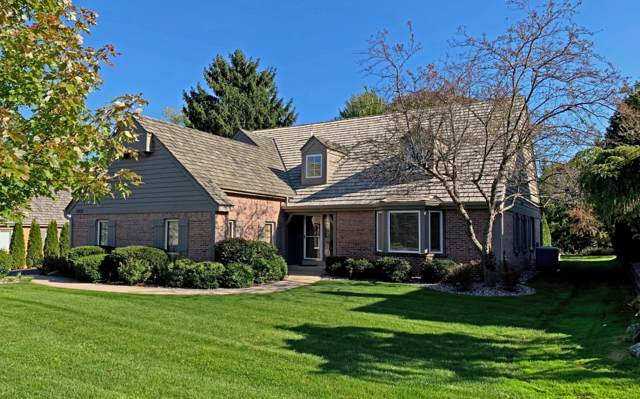 3803 W Fairway Heights Dr, Mequon, WI 53092 (#1664101) :: Tom Didier Real Estate Team