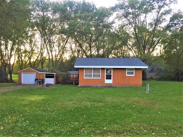 N6575 N Grove Rd, Sugar Creek, WI 53121 (#1664109) :: Tom Didier Real Estate Team