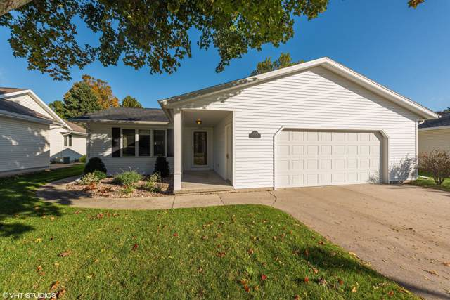 2615 College St, Manitowoc, WI 54220 (#1664115) :: eXp Realty LLC