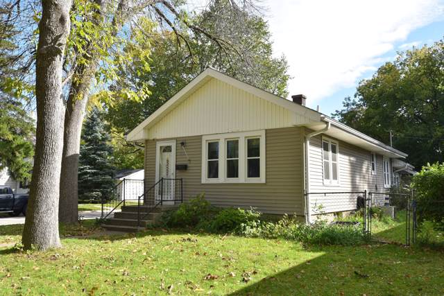4638 N 126th St, Butler, WI 53007 (#1664179) :: RE/MAX Service First Service First Pros