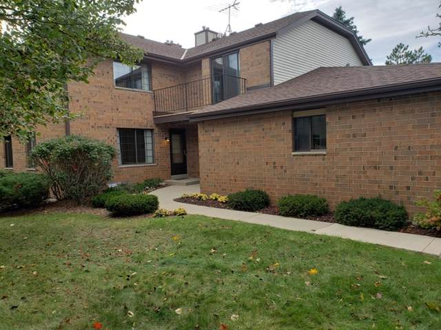 8153 S Forest Hills Cir, Franklin, WI 53132 (#1664285) :: eXp Realty LLC