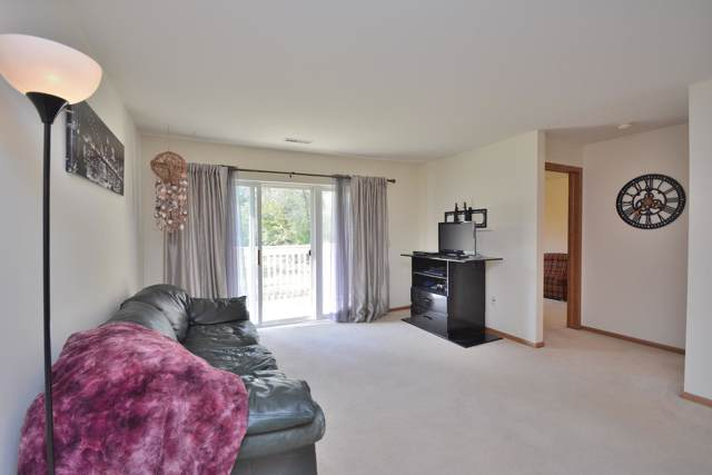 530 Windstone Dr #208, Hartland, WI 53029 (#1664294) :: RE/MAX Service First