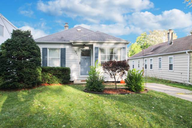1908 N 118th St, Wauwatosa, WI 53226 (#1664332) :: eXp Realty LLC