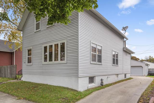 1334 Bluff Ave, Sheboygan, WI 53081 (#1664345) :: RE/MAX Service First Service First Pros