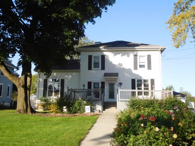1312 Main St, Union Grove, WI 53182 (#1664367) :: RE/MAX Service First Service First Pros