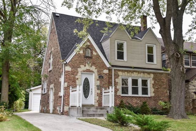 1508 E Olive St, Shorewood, WI 53211 (#1664408) :: Tom Didier Real Estate Team