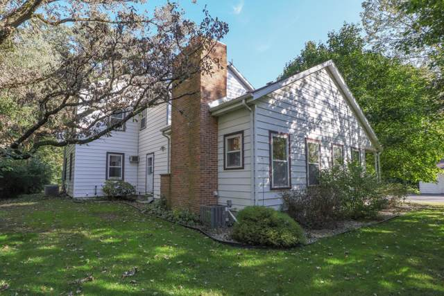 2200 67th Dr, Yorkville, WI 53182 (#1664432) :: RE/MAX Service First Service First Pros