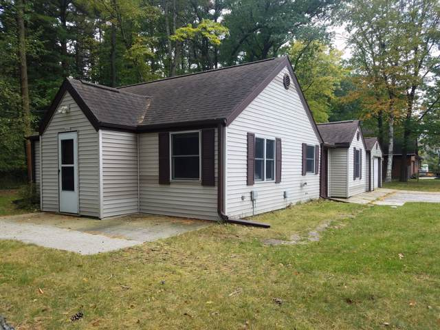 4906 Evergreen Dr., Wilson, WI 53081 (#1664507) :: RE/MAX Service First Service First Pros