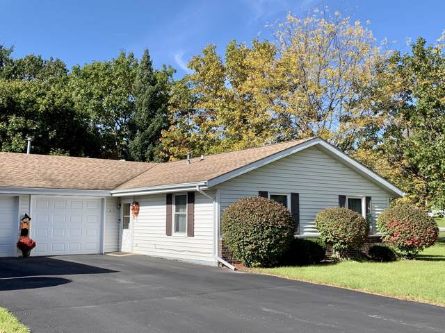 701 E Clay St 1-A, Whitewater, WI 53190 (#1664511) :: Keller Williams Momentum