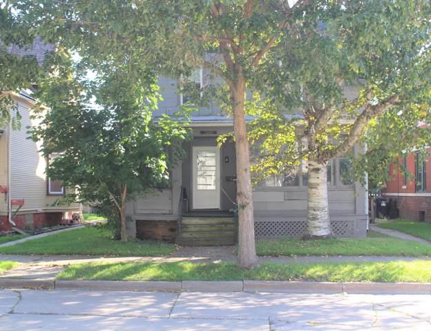 1001 Grove Ave, Racine, WI 53405 (#1664571) :: eXp Realty LLC