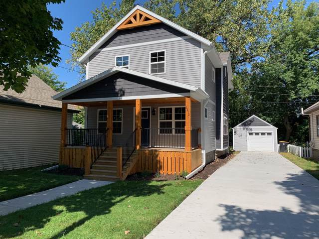6812 W Auburn Ave, Wauwatosa, WI 53213 (#1664653) :: eXp Realty LLC