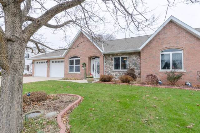 408 Franklin St, Watertown, WI 53094 (#1664812) :: RE/MAX Service First