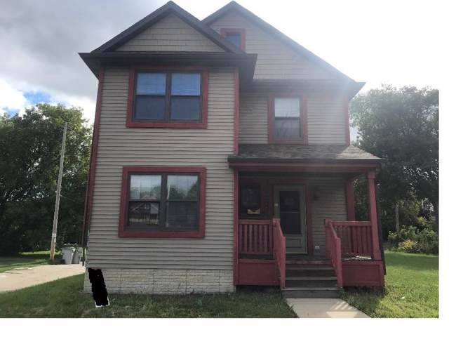2140 N 27th St, Milwaukee, WI 53208 (#1664893) :: RE/MAX Service First