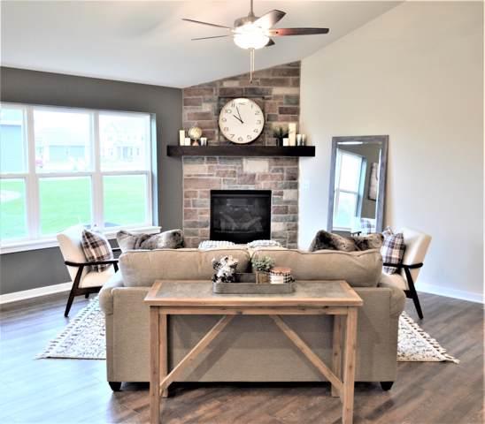 529 Spur Rd, Slinger, WI 53086 (#1664940) :: Tom Didier Real Estate Team