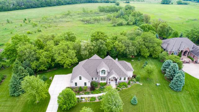 W349S8264 N Whitetail Dr, Eagle, WI 53119 (#1665048) :: RE/MAX Service First Service First Pros