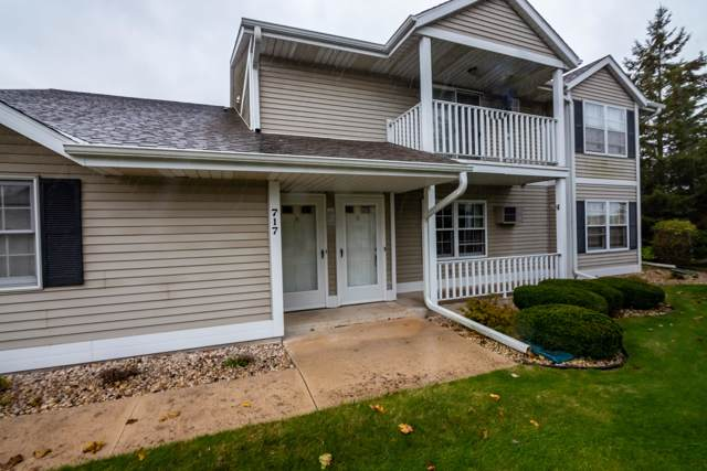 717 Canterberry Ct B, West Bend, WI 53090 (#1665052) :: RE/MAX Service First Service First Pros