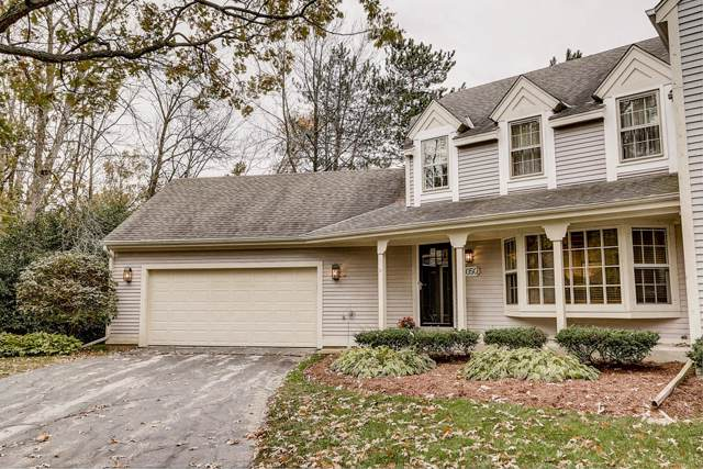 4050 Stonewood Ct, Brookfield, WI 53045 (#1665053) :: RE/MAX Service First Service First Pros