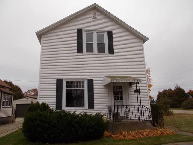 1617 15th Ave, Menominee, MI 49858 (#1666193) :: RE/MAX Service First